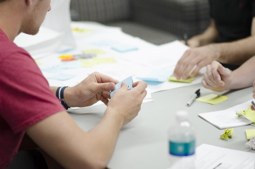 毕业季专题第四期!新人的交互设计实习小结-艺源科技