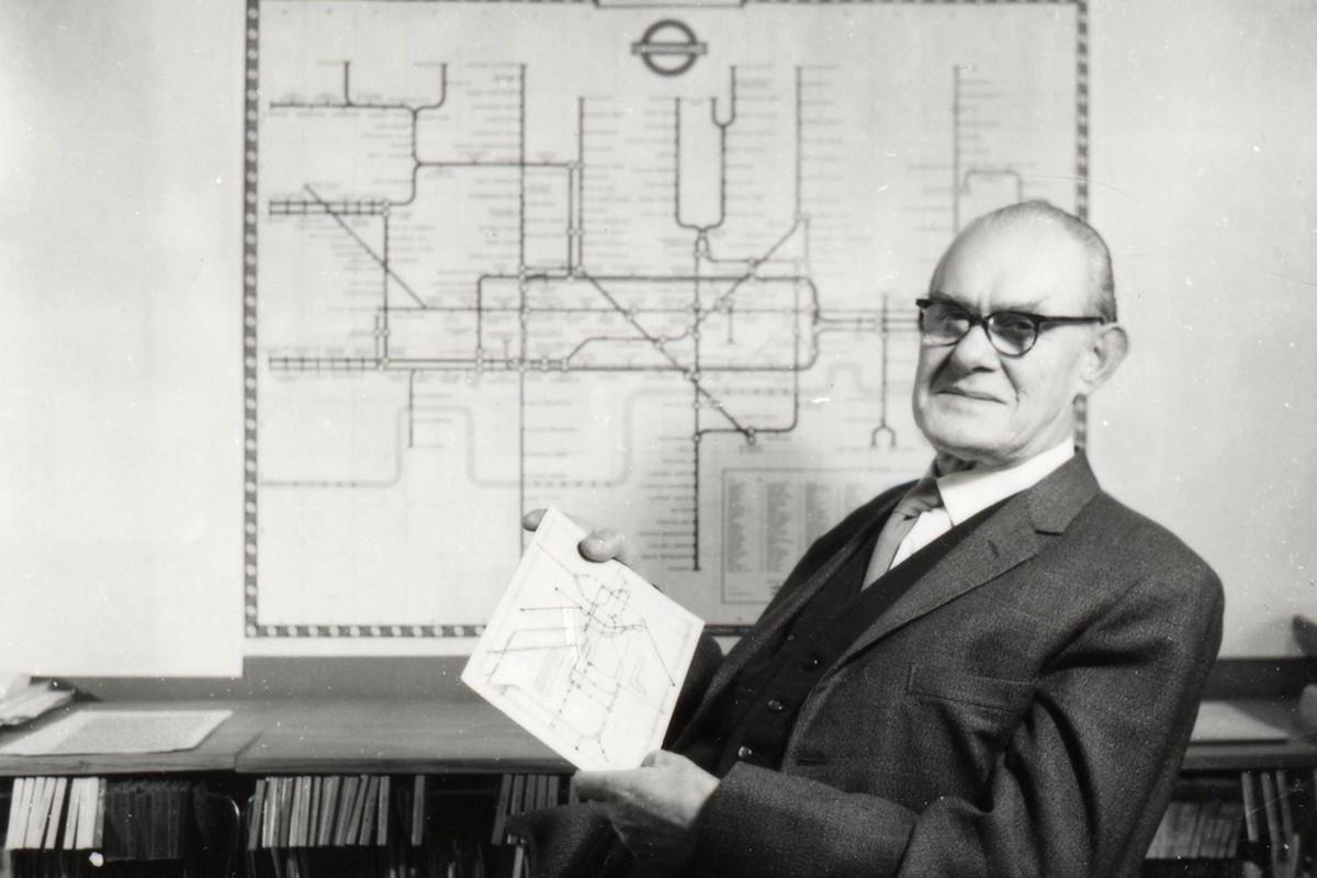 从伦敦地铁地图的演变史,我们能学到哪些设计经验-艺源科技